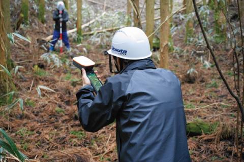 レーザーコンパス・GNSS測量対応